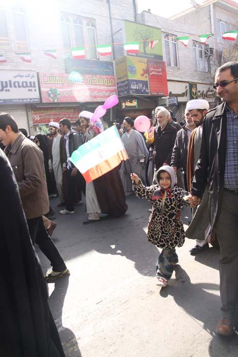 خردسالان در جشن انقلاب